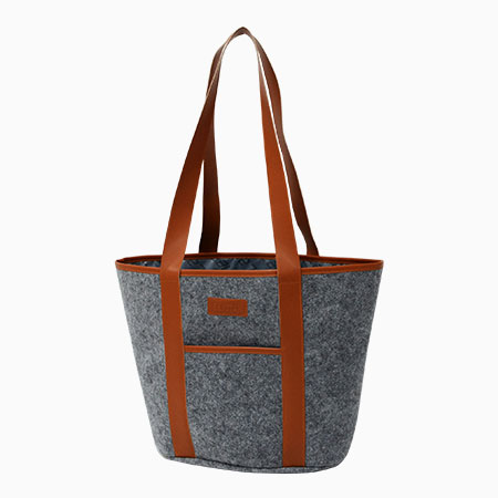 New product – Felt tote bags